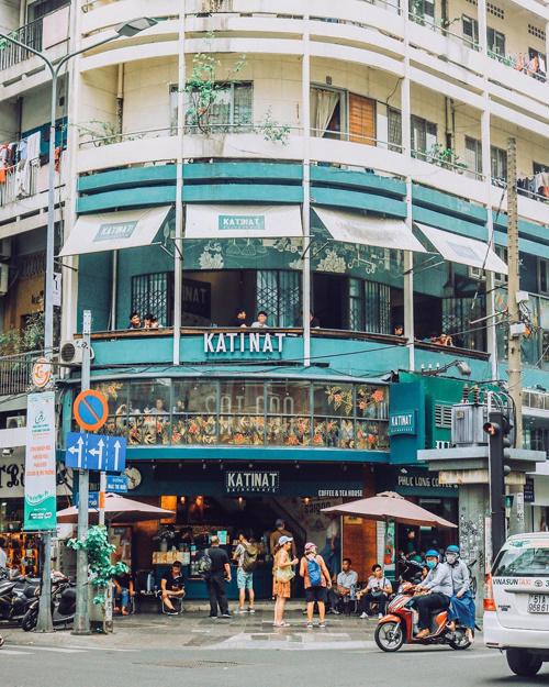 Quán cà phê ngắm Sài Gòn từ trên cao