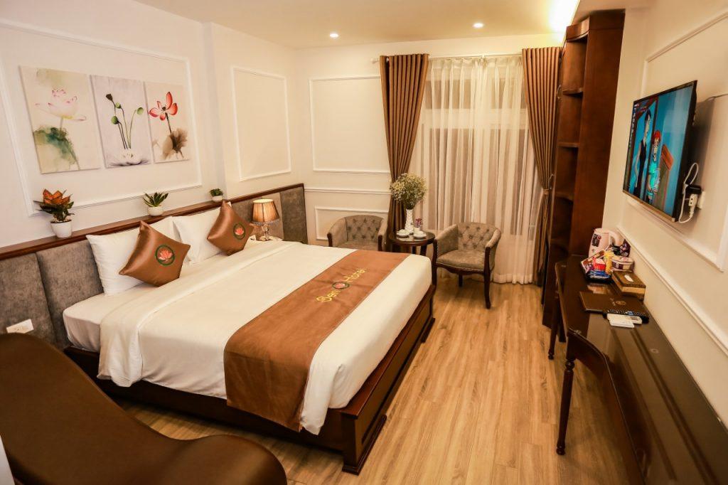 Phòng ngủ Sen hotel